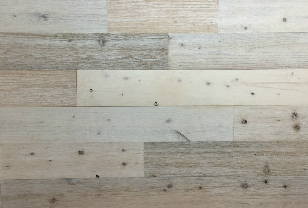 Timberchic Coastal White Peel and Stick Reclaimed Wooden Panels/Coastal White / 4'